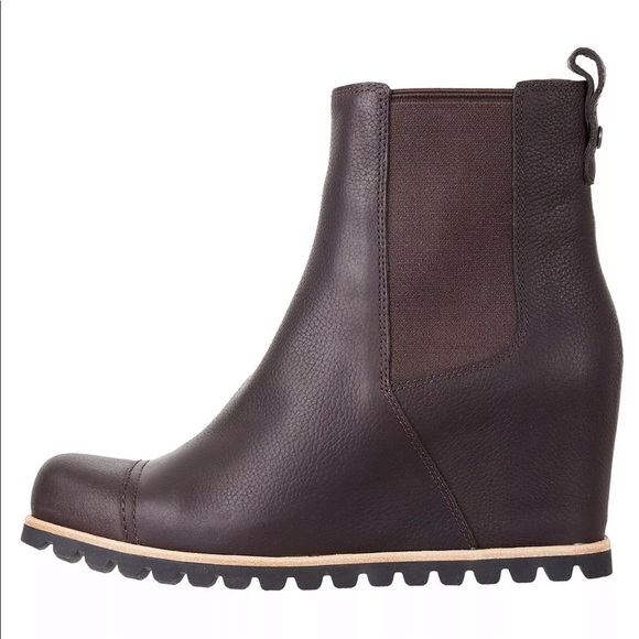 d28602d4be9a Ugg Australia Pax Chelsea Wedge Boot. M 5c53aed5c89e1d45fade7097
